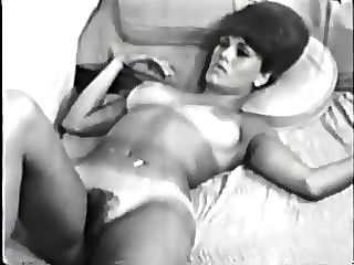 Retro porn striptease movs
